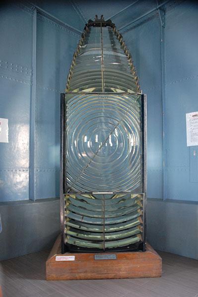 旧屋久島灯台第一等レンズ