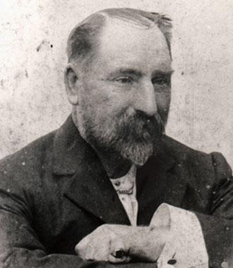 ジェームズ・オストラー